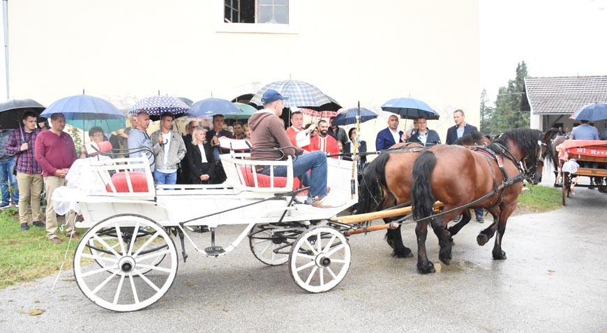 FOTO: Konjsko proštenje u Orlima i dalje živi