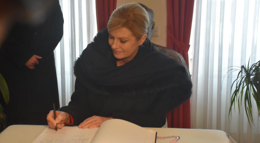FOTO: Predsjednica u Krašiću: Život Alojzija Stepinca treba biti svjetlo našim djelima