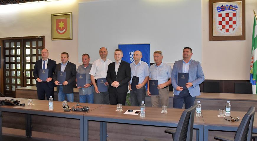 Tri grada i četiri općine dobile sredstva od Ministarstva graditeljstva i prostornog uređenja