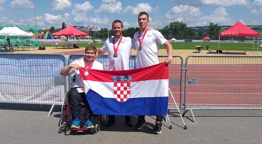 Dominik Počekal svjetskom naslovu, pridodao i srebro u bacanju kugle