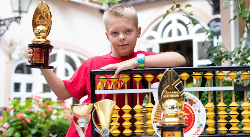 VIDEO: Samoborčani pripremili doček 8-godišnjem Patriku Čudiću – svjetskom prvaku u mentalnoj aritmetici