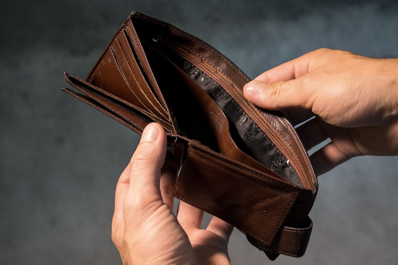 Umirovljenicima na tržnici krala novčanike i podizala novac na bankomatu