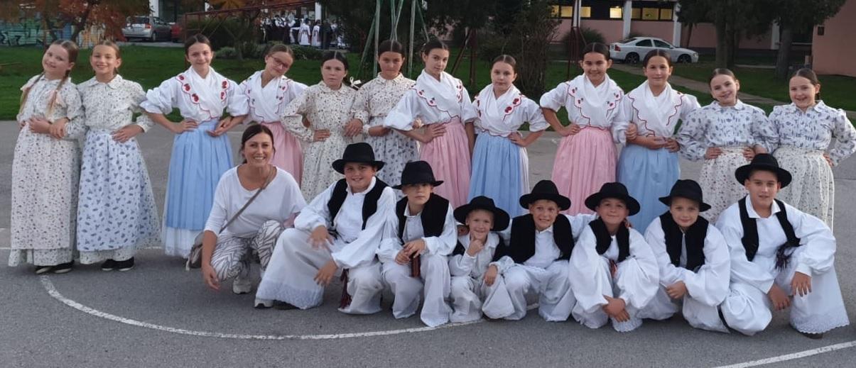 Mladi folkloraši stupničkog Kraluša najbolji u Hrvatskoj