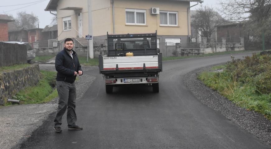 FOTO: Staklena ulica dobila novih 800 metara asfalta