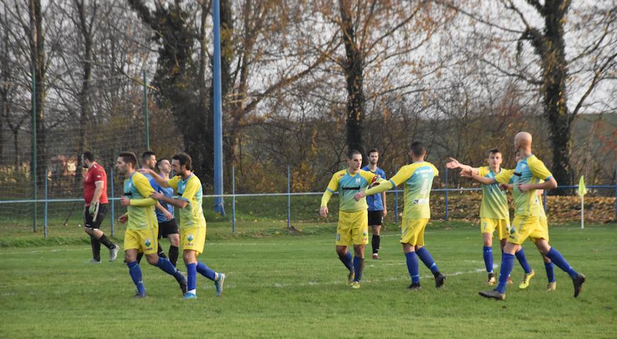 FOTO: Petar Milatović u 90. minuti donio pobjedu Turopoljcu