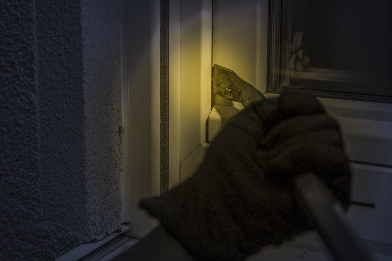 PROVALA NA MAKSIMIRU – Iz stana otuđen novac i nakit