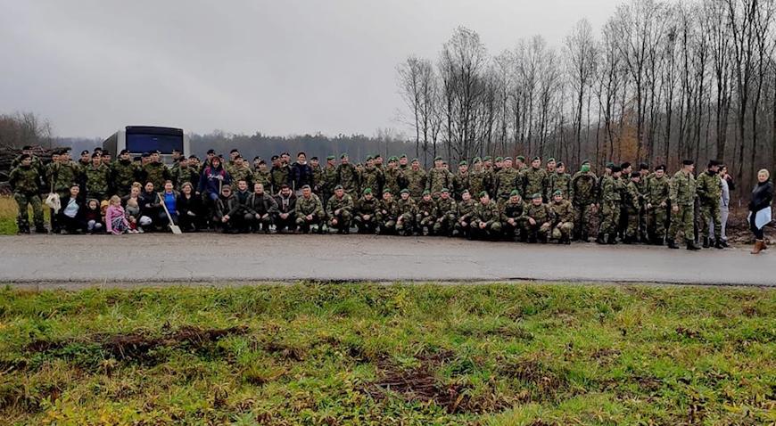 Hrvatska vojska u akciji pošumljavanja u Gudcima
