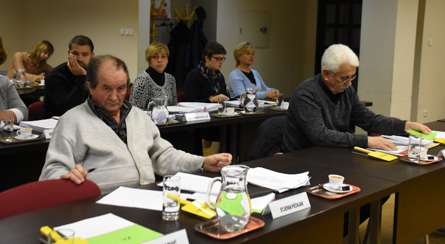 Umirovljenici i nezaposlene osobe iz Križa dobit će po 200 kuna božićnice