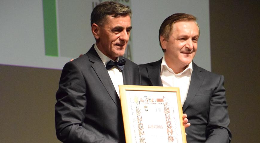 """FOTO: Stipi Biliću uručen """"Albatros"""" za """"Slavu"""""""