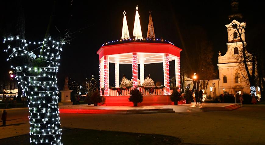VIDEO: Advent u Bjelovaru posebnu čar dobiva u večernjim satima