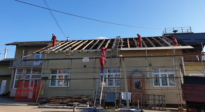 ROĐENDANSKI POKLON – Vatrogasni dom u Pribiću dobiva novo krovište
