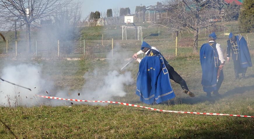 FOTO: Nastavljena tradicija Kuburaškog sprepucavanja