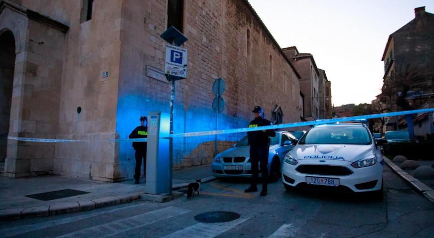 NEZABILJEŽENA STRAVA U SPLITU – U centru Splita upucana tri muškarca, ubojica uhićen