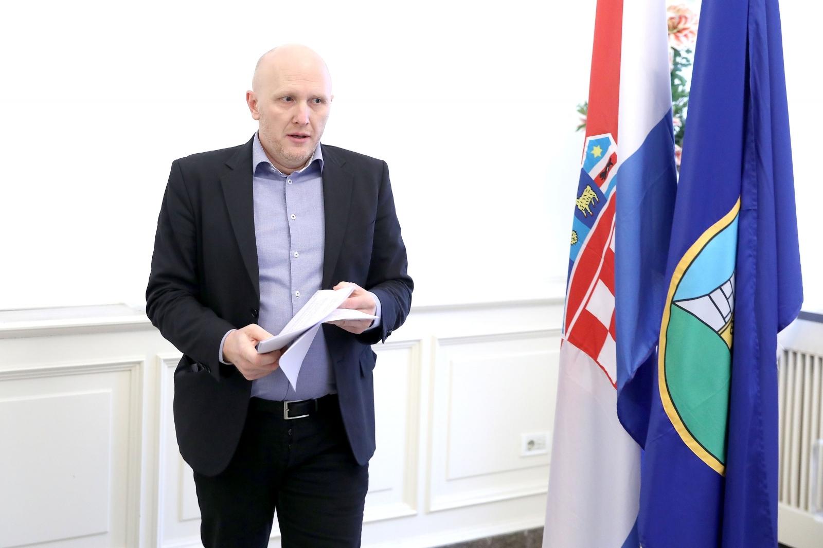 "Renato Petek: Radit ću zaboljitak Zagrepčana i borbu protiv ""štetnog sustava"""