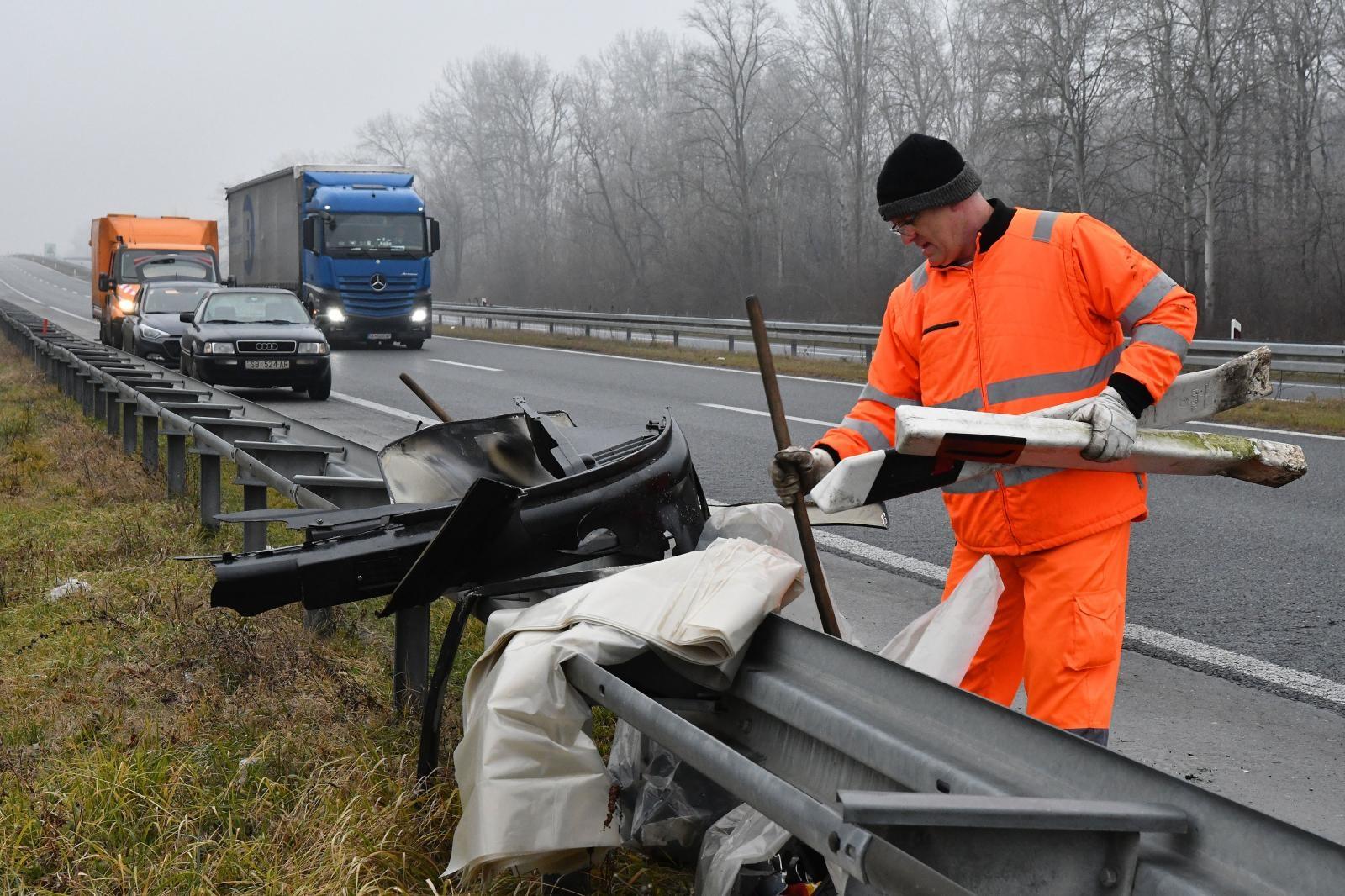 Teška prometna nesreća na A3, smrtno stradala jedna osoba