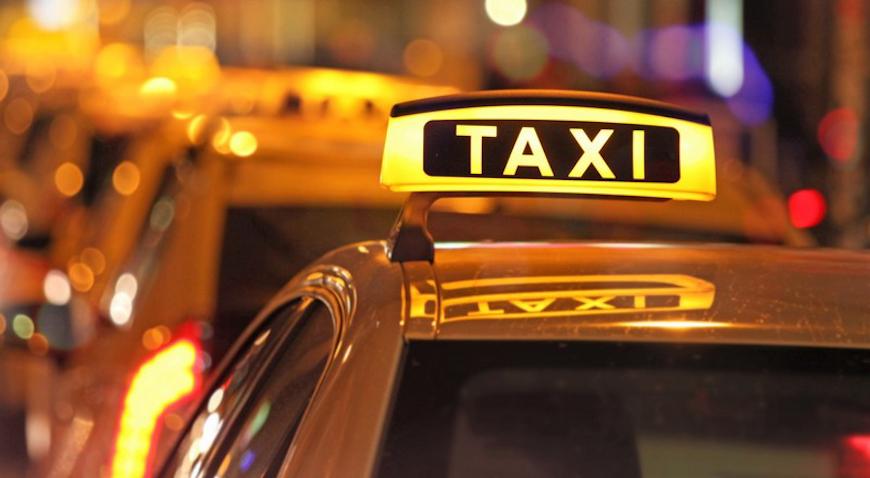 Prisilio taksistu da ga vozi do granice s BiH