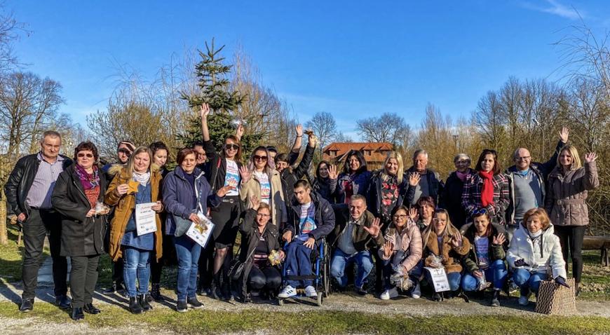 Educiranje, razmjena iskustva, podrška: roditelji djece s teškoćama osnaženi kroz poludnevnu radionicu u Moslavačkoj priči