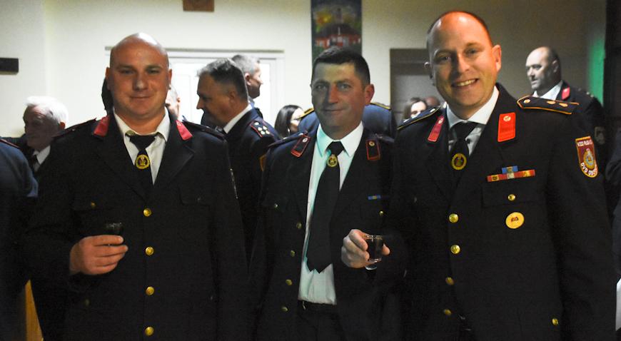 Vesela vatrogasna ekipa