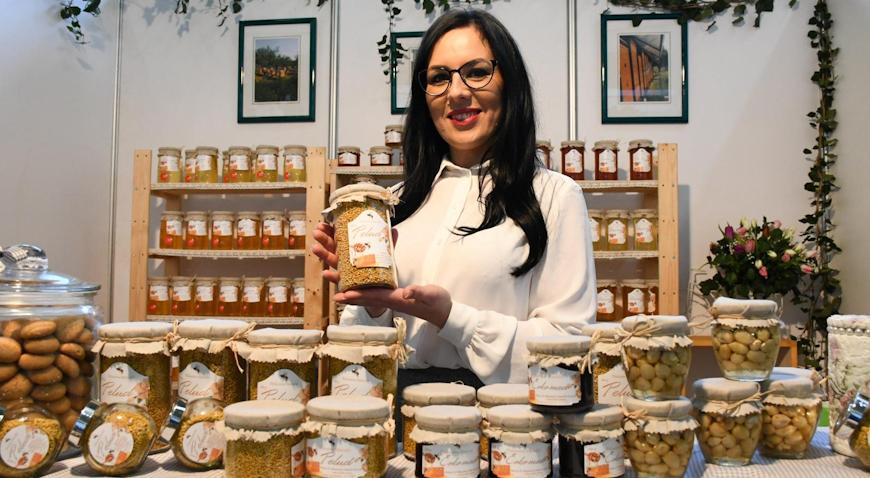 Više od 180 izlagača na pčelarskom sajmu u Gudovcu