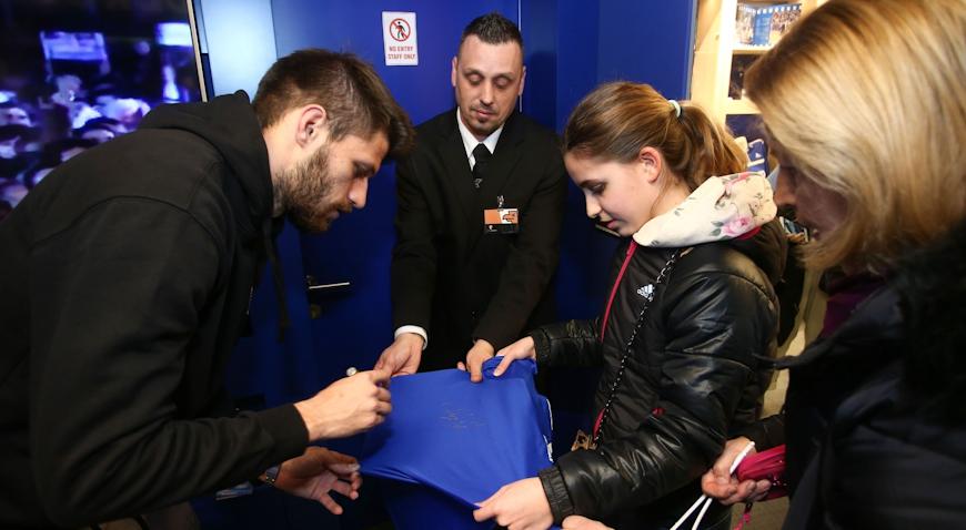 VIDEO: Druženjem igrača i navijača obilježeno 20 godina od povratka imena Dinamo