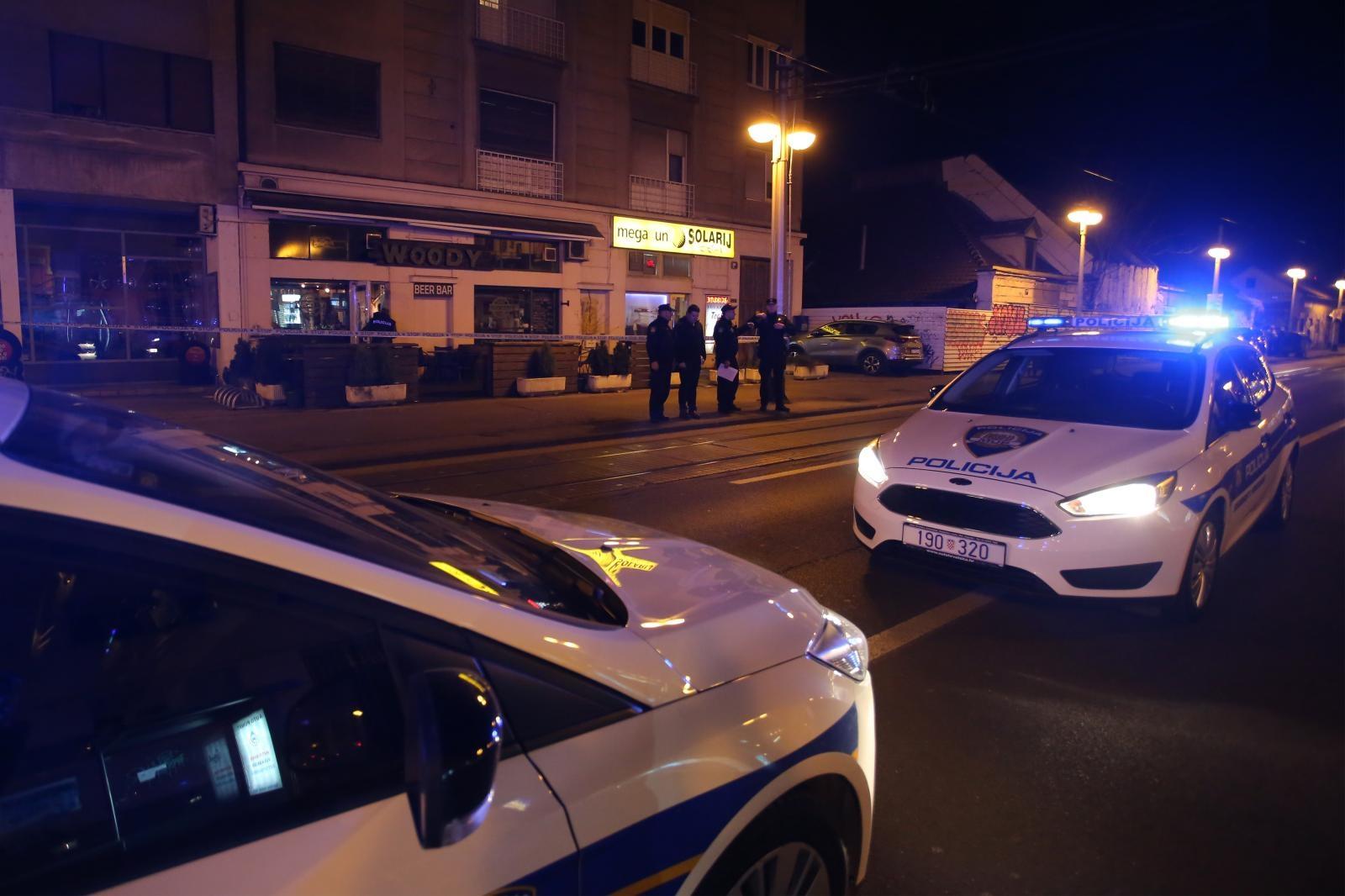 Dvoje ljudi izbodeno nožem u Zagrebu