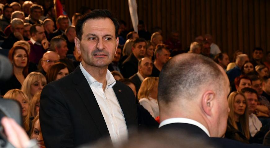 Miro Kovač predao više od 17.000 potpisa – Za sve ljude u stranci ima mjesta