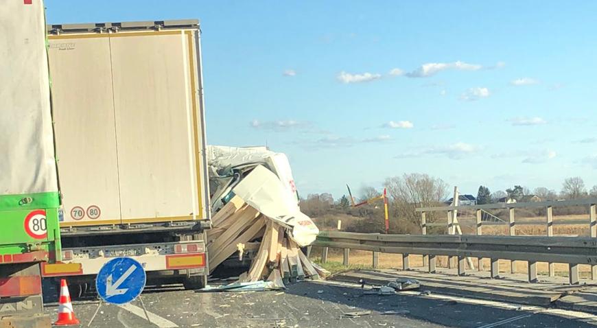 Sudar kamiona i kombija na brzoj cesti kod Svete Helene