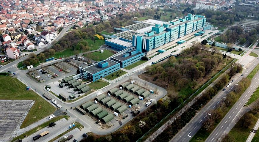 U manje od 72 sata vojska podigla kamp ispred KB Dubrava