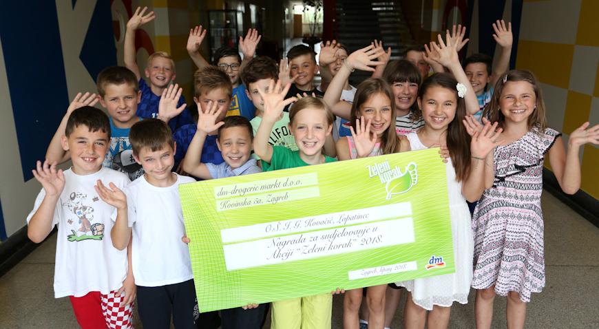 Najuspješnije škole u eko akciji Zeleni korak dm će nagraditi s 10 000 kuna